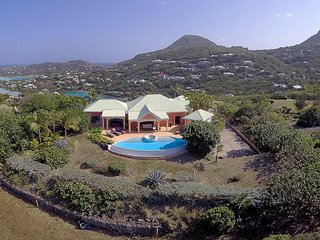 Sea Bird, Sleeps 6, Marigot
