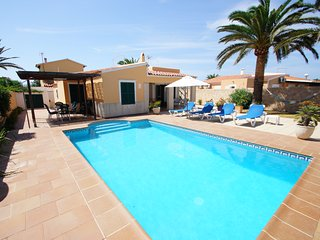 Lovely 3 bedroom villa with private pool, Cala'n Bosch