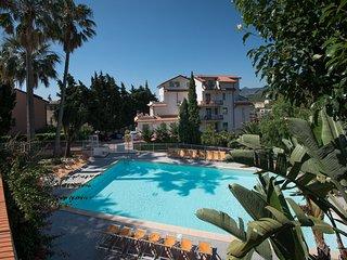 Residence Oleandro - Studio with Amazing Seaview  -  3 Stars Romantic Aparthotel