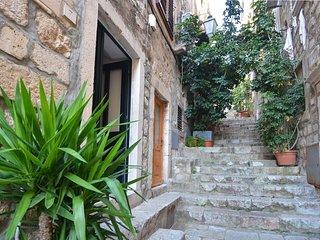 STUDIO INN room - heart of Dubrovnik
