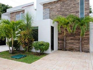 Unique villa with modern design & private pool