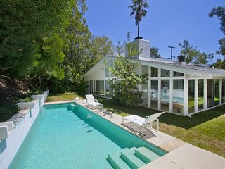 Mulholland Pool Retreat, West Hollywood