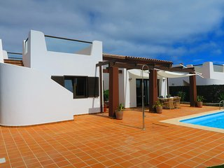 BRAND NEW luxury villa with pool 300m from beach