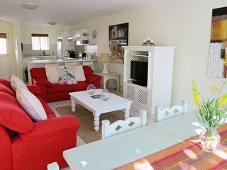 2 Greenpoint Mews Self catering Apartment, Plettenberg Bay