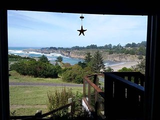 Mendocino Gem with Amazing Ocean View