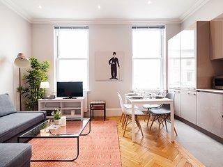 Magnifique maison spacieuse avec 2 chambres et une belle vue à l'exterieur