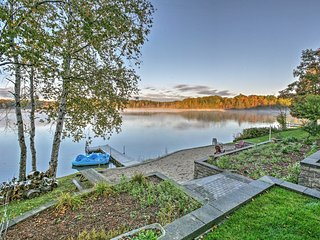 NEW! 4BR Barryton House w/Direct Lake Access!