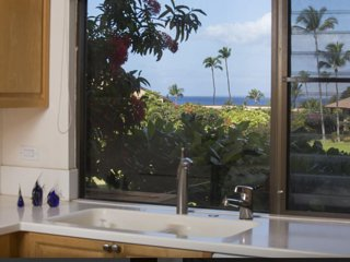 Ekahi village near beach, quiet, views., Wailea