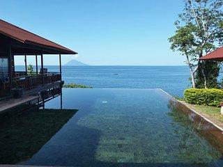 Villa Manare on the beach (Manado Bunaken), Tanahwangko