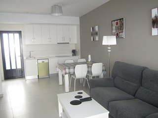 2 Bedroom Apartment / A/C / La Zenia Boulevard #47