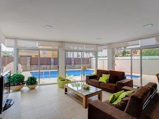 Espectacular Villa con piscina a orillas del Mar, La Manga del Mar Menor