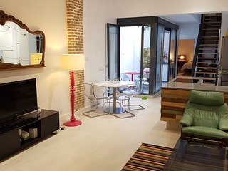 Large Modern Loft style apartment in Ruzafa, Valencia