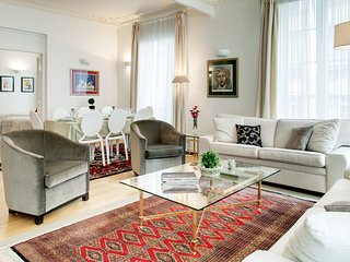 Apartment Petits Champs holiday vacation apartment rental france, paris, 2nd