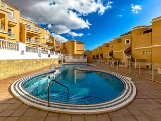2 bedroom apartment, El Duque, Tenerife
