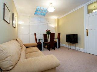 Veeve - Kensington Park Apartment