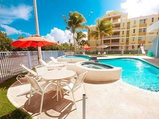 Getaway beachfront resort vacation condo rental