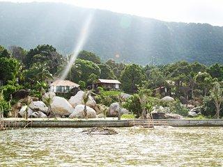 Chez Vu Phu Quoc beach villa with pool, Ham Ninh