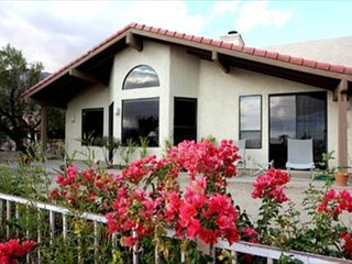 Desert Shadows: 3BR, 2.5BA House with Mountain Views at de Anza, Borrego Springs