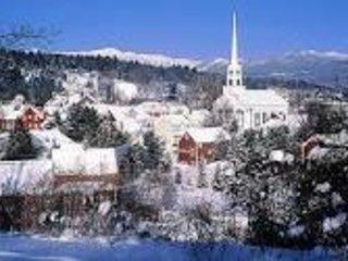 XMAS week 2bdrm Stowe, Vermont Condo sleeps 6