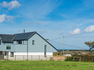 The Lookout, Stunning New House, Nr Bude, Sleeps 6