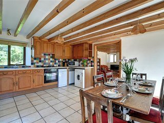 Clover Cottage (WAV579), Fishguard