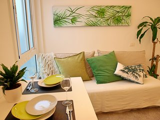 Charming apartment beside Las Canteras beach, Las Palmas de Gran Canaria