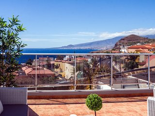 Astonishing ocean views with large terrace, Tabaiba