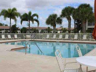 Colonial Condominium, Fort Myers