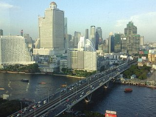 Stunning views of Chao Phraya River, Bangkok