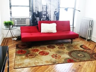 Quaint wonderful Warm Elegant Apt- Manhattan-12min, Brooklyn