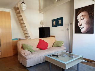 Charming Top-Floor Jordaan Apartment