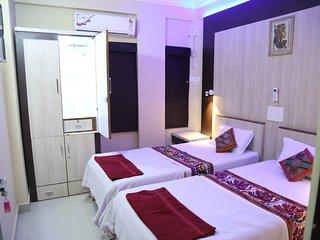 Ruby Nest, Shivam Apt. - 1 Room, washroom not attached, shared kitchen