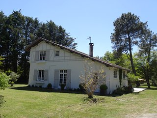 Charming Landes Villa next to Forest & Nr.Beach., Mezos