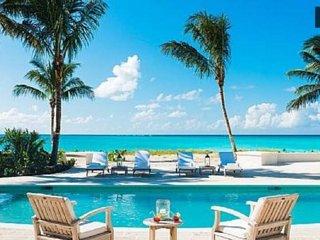 Stunning White Modern Waterfront Villa Miami Beach