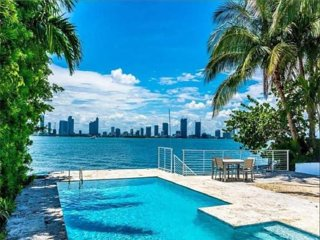 The High Life Miami Beach on the water, pool, stunning Miami Skyline view 6BR