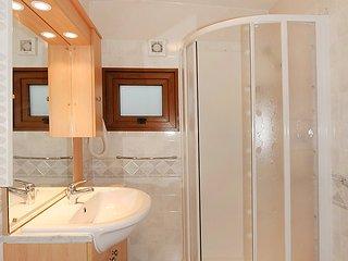 Marina di Bibbona Holiday Home Sleeps 5 with Pool Air Con and WiFi - 5060516
