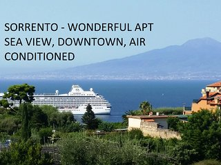 wonderful   apt sea view downtown free WiFi 6/12p, Sorrento