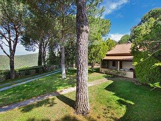 5 bedroom Villa in Castiglione della Pescaia, Tuscany Coast, Italy : ref 2370603