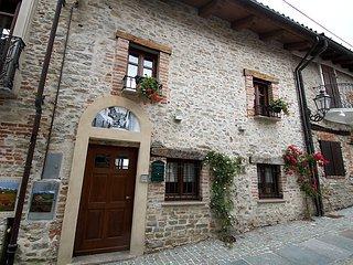 Maison des Roses #10269, Bossolasco