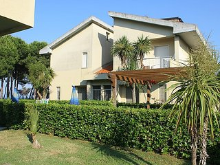 2 bedroom Apartment in Silvi Paese, Abruzzo, Italy : ref 5055012