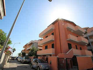 3 bedroom Apartment in Montesilvano Marina, Abruzzo, Italy : ref 5036506