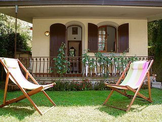 2 bedroom Villa in Forte dei Marmi, Versilia, Italy : ref 2163807