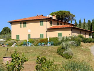 1 bedroom Apartment in Vinci, Tuscany, Italy : ref 5055224