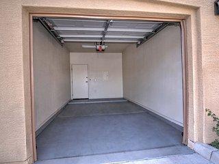 1-bed  condo w/garage #106, Phoenix