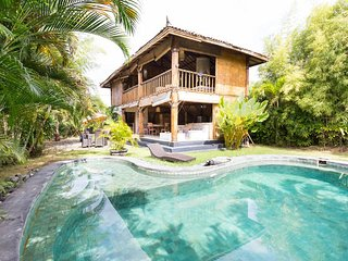 Wonderfull Dream Place on 400sqm central quiet best Area Bali