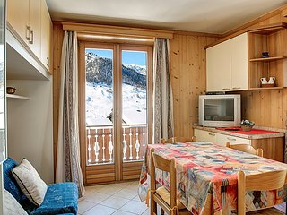 1 bedroom Apartment in Livigno, Lombardy, Italy : ref 5035292