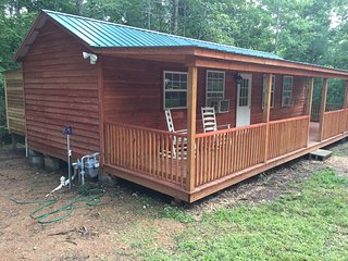 The Cabin At Toms Creek