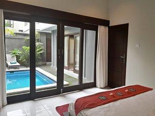 D'Carik. 3 bedroom, Private Pool, Central Seminyak