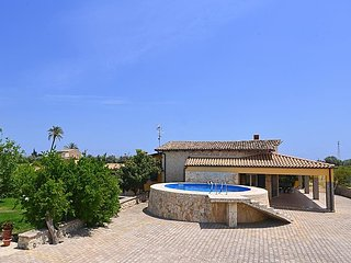 2 bedroom Villa in Floridia, Sicily, Italy : ref 5038455