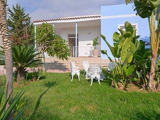 3 bedroom Villa in Fontane Bianche, Sicily, Italy : ref 5034684